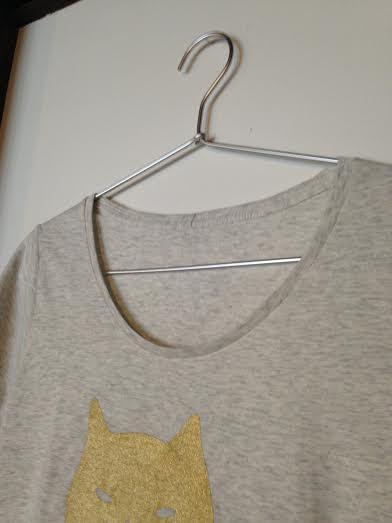 hira_t-shirt_up.jpg